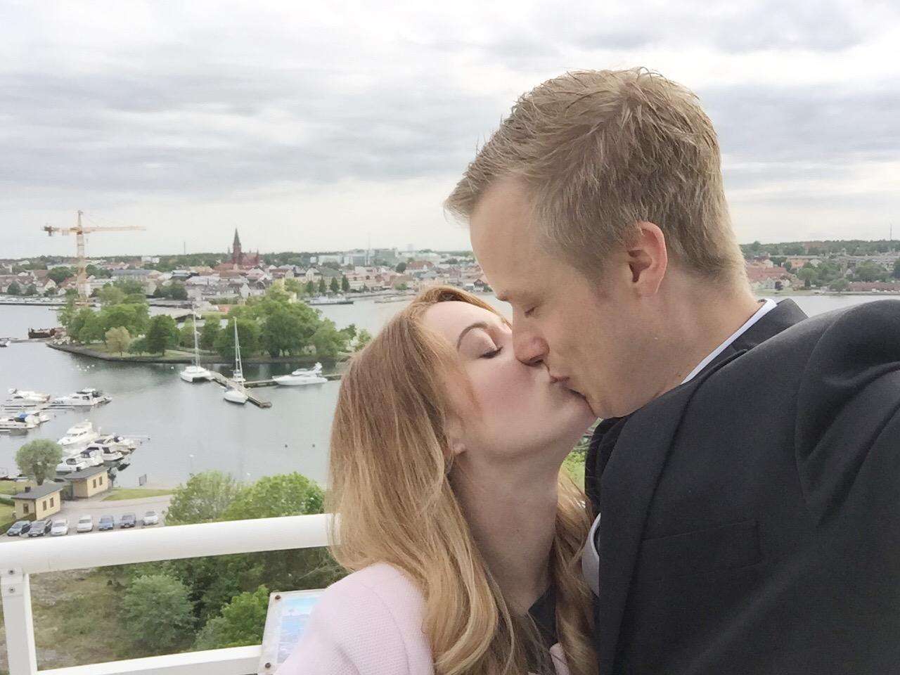 Dating för två år och nej jag älskar dig